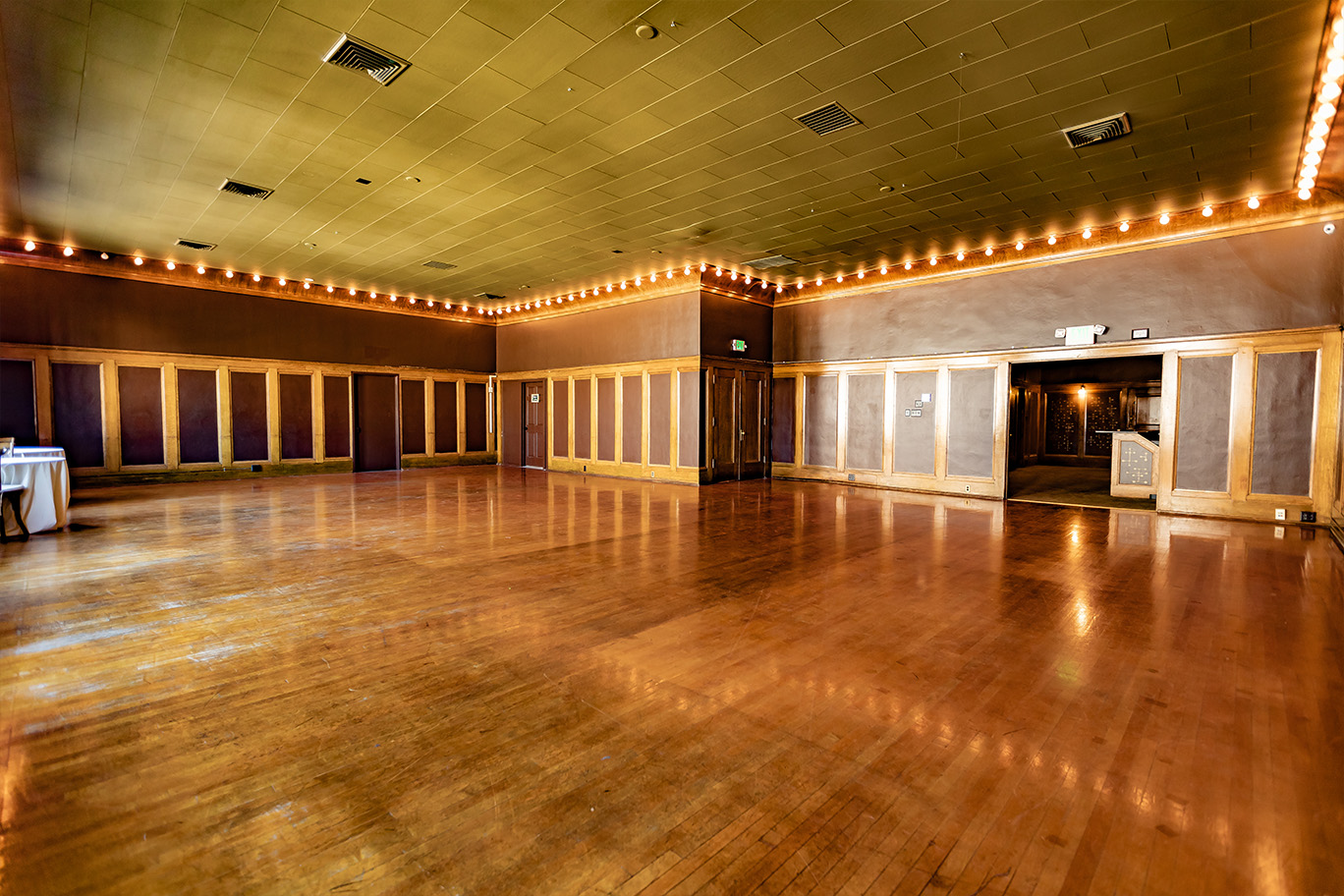 Ballroom 5